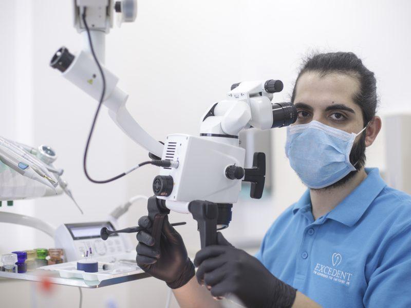 Dr. Saer Khalil endodontie microscopica